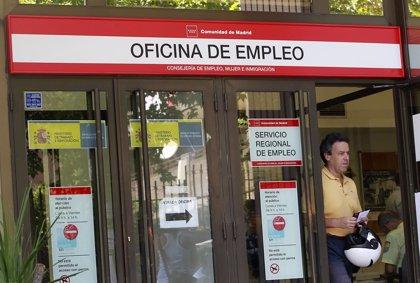 CC.OO. y UGT piden la continuidad de la ayuda de 426 euros para parados de larga duración