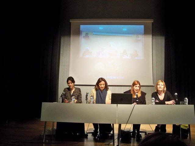 N.Parlón, M.Conesa, C.Simó y L.Moret en rueda de prensa