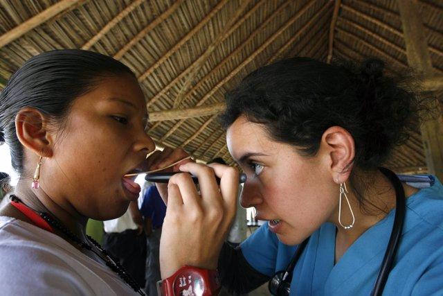 Doctora en Puyo (Ecuador)