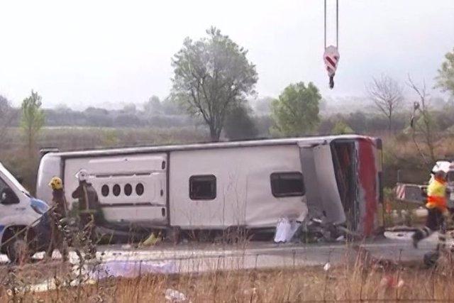 Un accidente de autobús causa 13 muertos en Tarragona