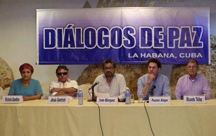 """Las FARC han pedido a Kerry ser reconocidas como """"una fuerza política"""""""