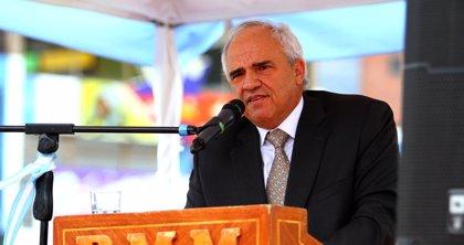 """Ernesto Samper: """"Por el camino de la polarización Venezuela no va a ninguna parte"""""""