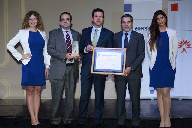 Acto de entrega a Inerco del premio del Grupo Enersis