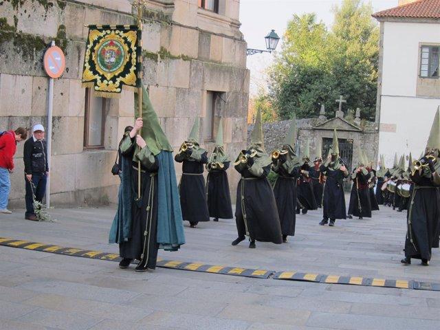 Procesión De Semana Santa En Santiago De Compostela