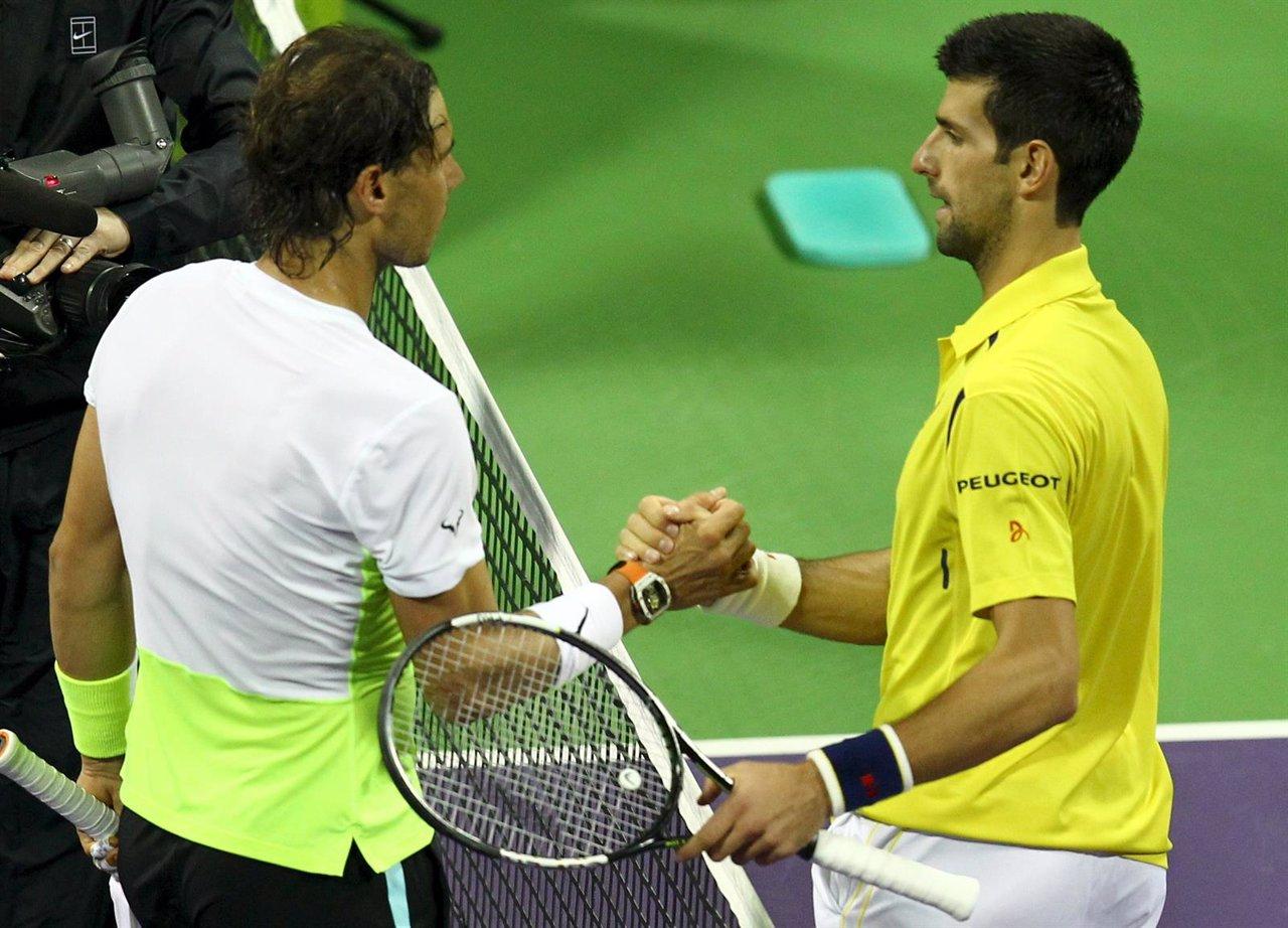 Nadal y Djokovic se saludan en el torneo de Doha