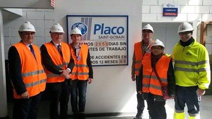 Olona conoce los proyectos de I+D y Sostenibilidad de Saint-Gobain Placo en Quinto y Gelsa