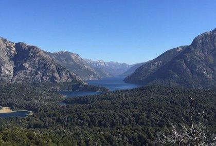 Obama comparte una foto de Bariloche (Argentina) e insta a cuidar el medio ambiente