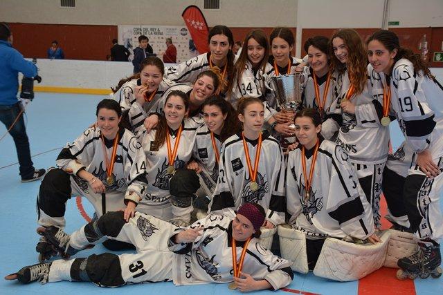 Rubí Cent Patins campeón Copa Reina hockey línea