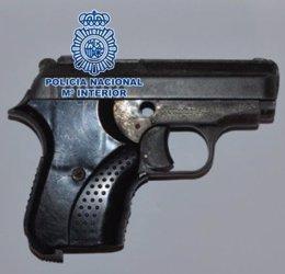 Arma intervenida por Policía Nacional