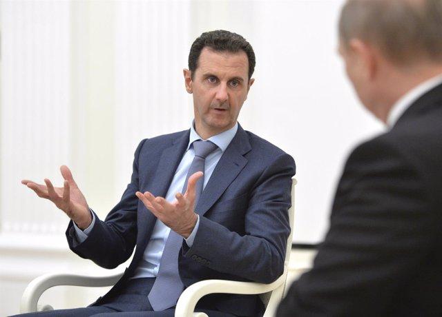 Al Assad en una reunión con Putin