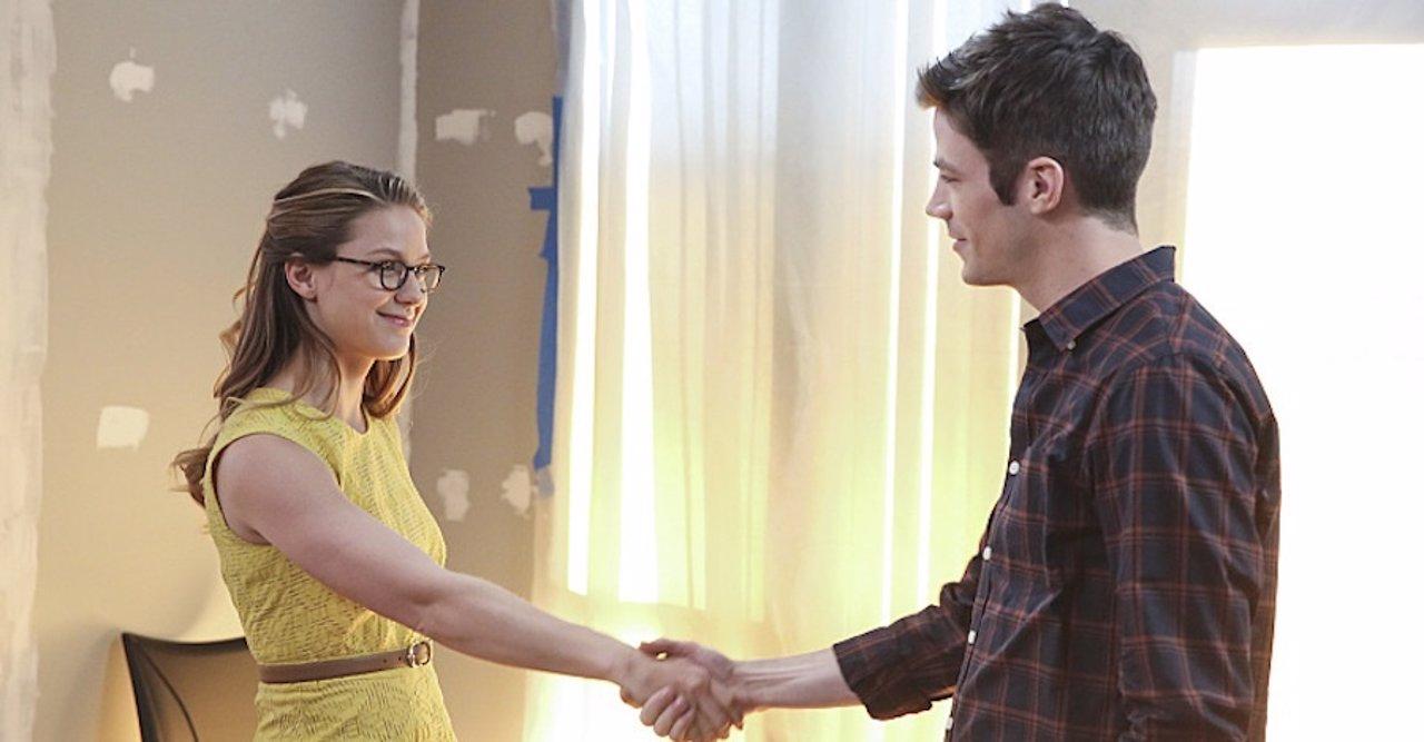 Melissa Benoist y Grant Gustin en Supergirl