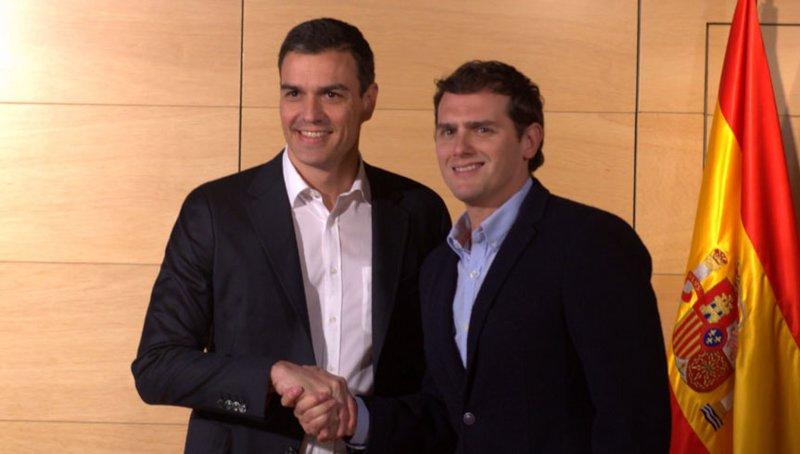 Pedro Sánchez y Rivera en el debate de investidura Congreso