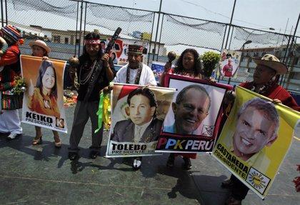 """Un arzobispo peruano dice que votar por dos de los candidatos presidenciales es """"pecado"""""""