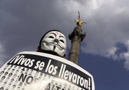 Expertos que investigan la desaparición de estudiantes en México se irán del país en abril