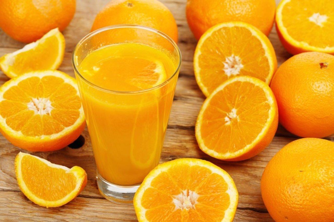 Zumo de naranja, naranjas
