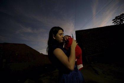 Muchas familias con mujeres embarazadas desconocen datos clave sobre el virus Zika