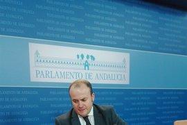 """La Junta remitirá """"en breve"""" los expedientes originales a la comisión de formación"""