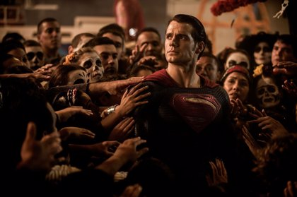 10 lamentables agujeros de guión de Batman v Superman