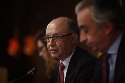 Montoro dice que se mantiene el objetivo de déficit de 2016, a la espera de negociar otro con Bruselas