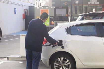 El consumo de combustibles de automoción sube un 8% en febrero y vuelve a niveles de 2012
