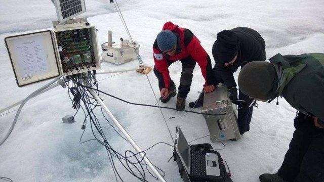 El aire cálido y húmedo batió el récord de deshielo en Groenlandia