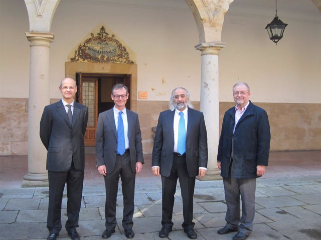 Agustín Costa junto con Jorge Luis Parrondo, Jaime Ferrer y Leopoldo Tolivar