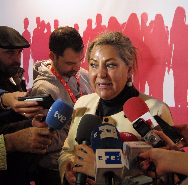 Rosa Valdeón en el Congreso de UGT CyL
