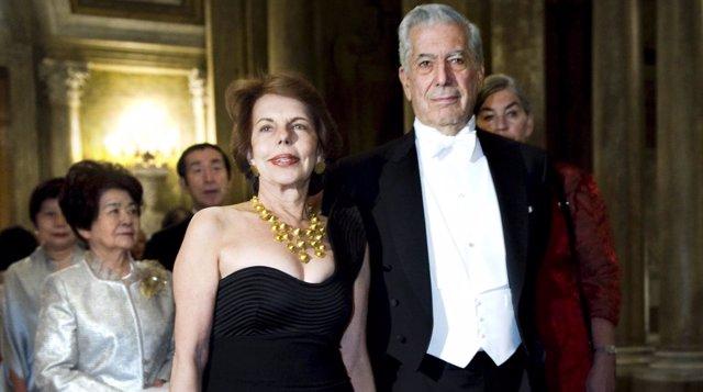 Mario Vargas Llosa and his wife Patricia Llosa