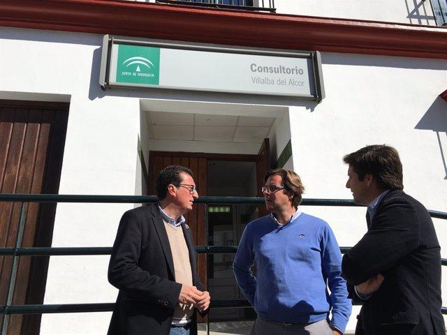 El PP visita el consultorio de Villalba del Alcor (Huelva)