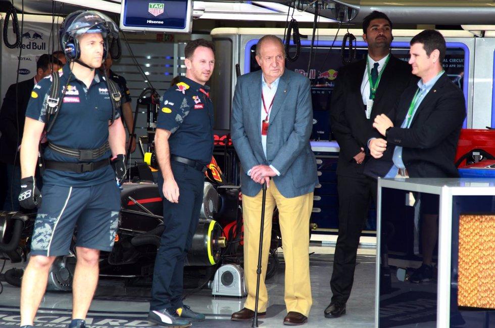 El Rey Juan Carlos disfruta Fórmula 1 Bahréin