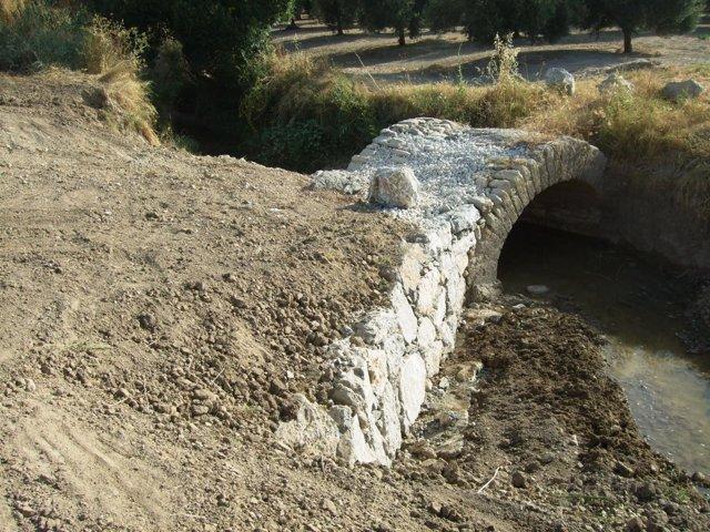 Imagen del puente recuperado en Ategua que cruzó Julio César