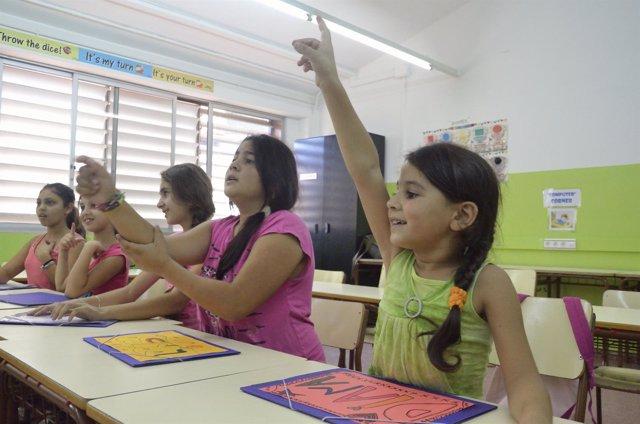 Niñas en clase