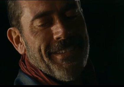The Walking Dead: Así fue el sangriento debut de Negan en la Season Finale