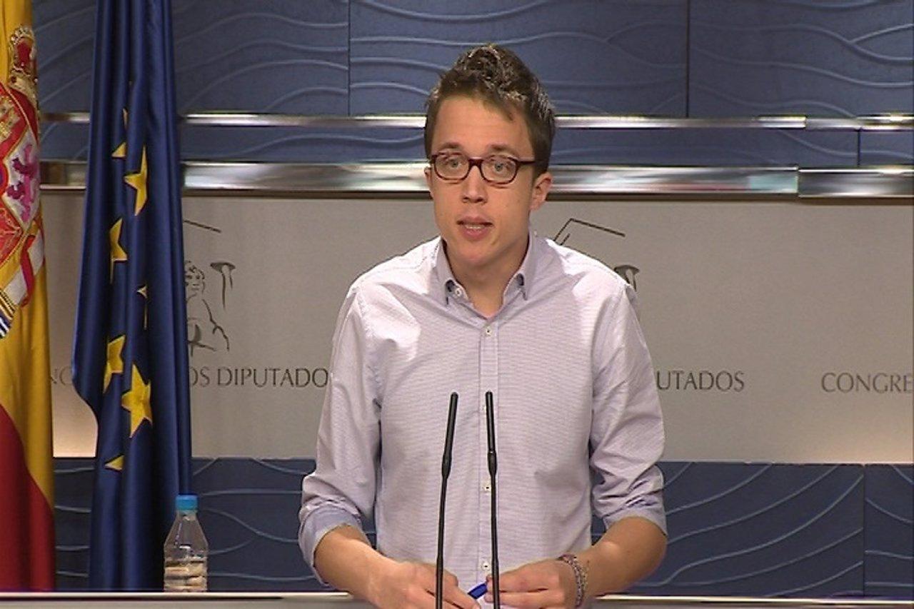 Errejón admite que no comparte la decisión de cesar a Pascual