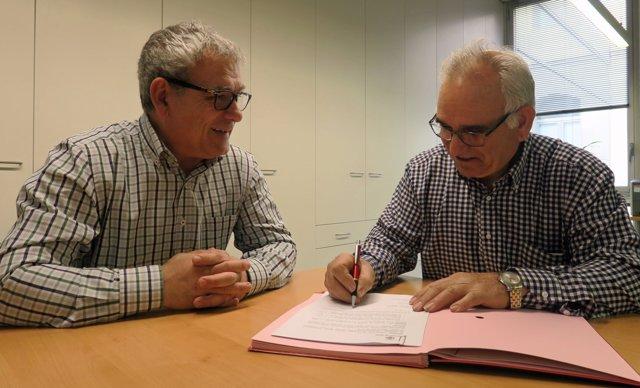 El concejal de Lleida Joan Gómez y Lluís Companys (Casal d'Amics de Cuba)