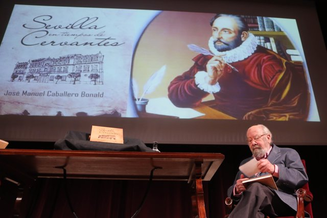 José Manuel Caballero Bonald presenta la reedición de 'La Sevilla de Cervantes'