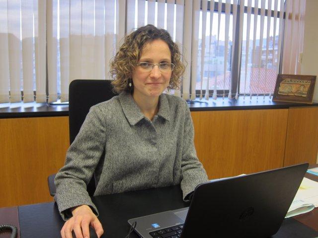 La consellera de Enseñanza, Meritxell Ruiz