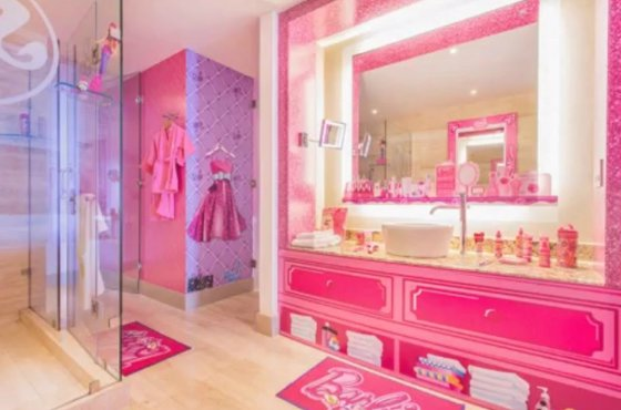 En Hotel Tiene Habitación El Su Barbie' Ya Panamá Hilton Propia De 8nymvwN0O