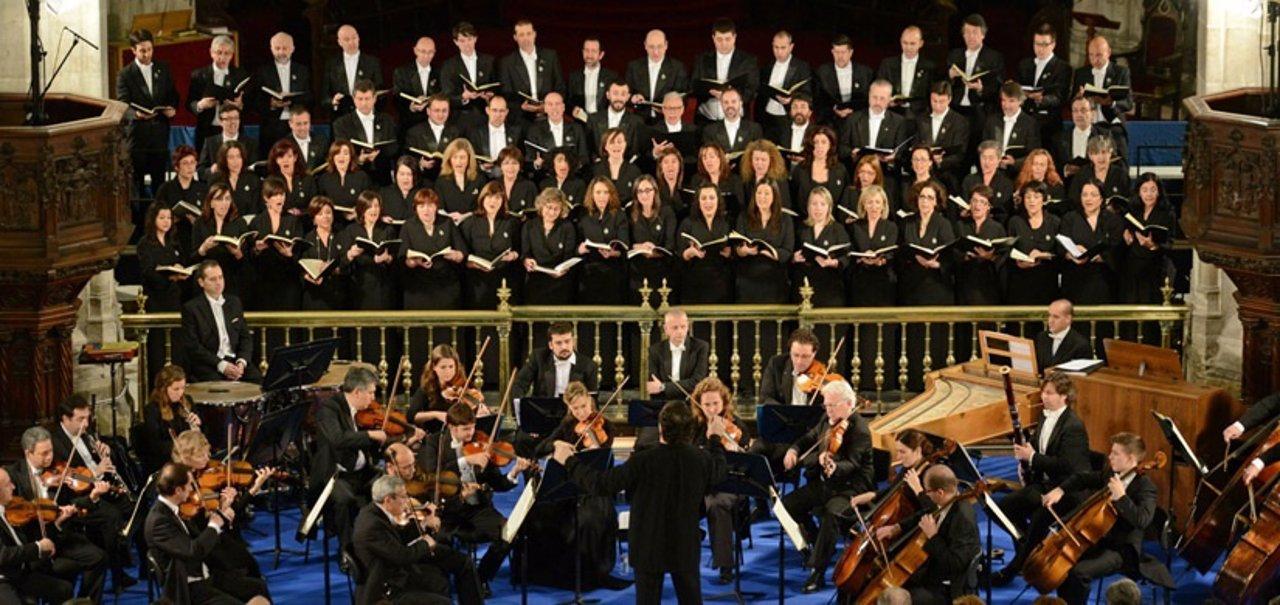 OSPA y Coro de FPA interpretan 'El Mesías' en la Catedral.