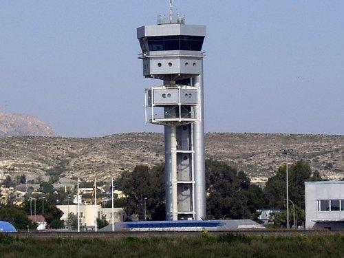 Torre De Control Del Aeropuerto De El Altet