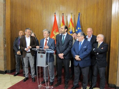 El alcalde de Zaragoza aboga por colaborar con las empresas familiares