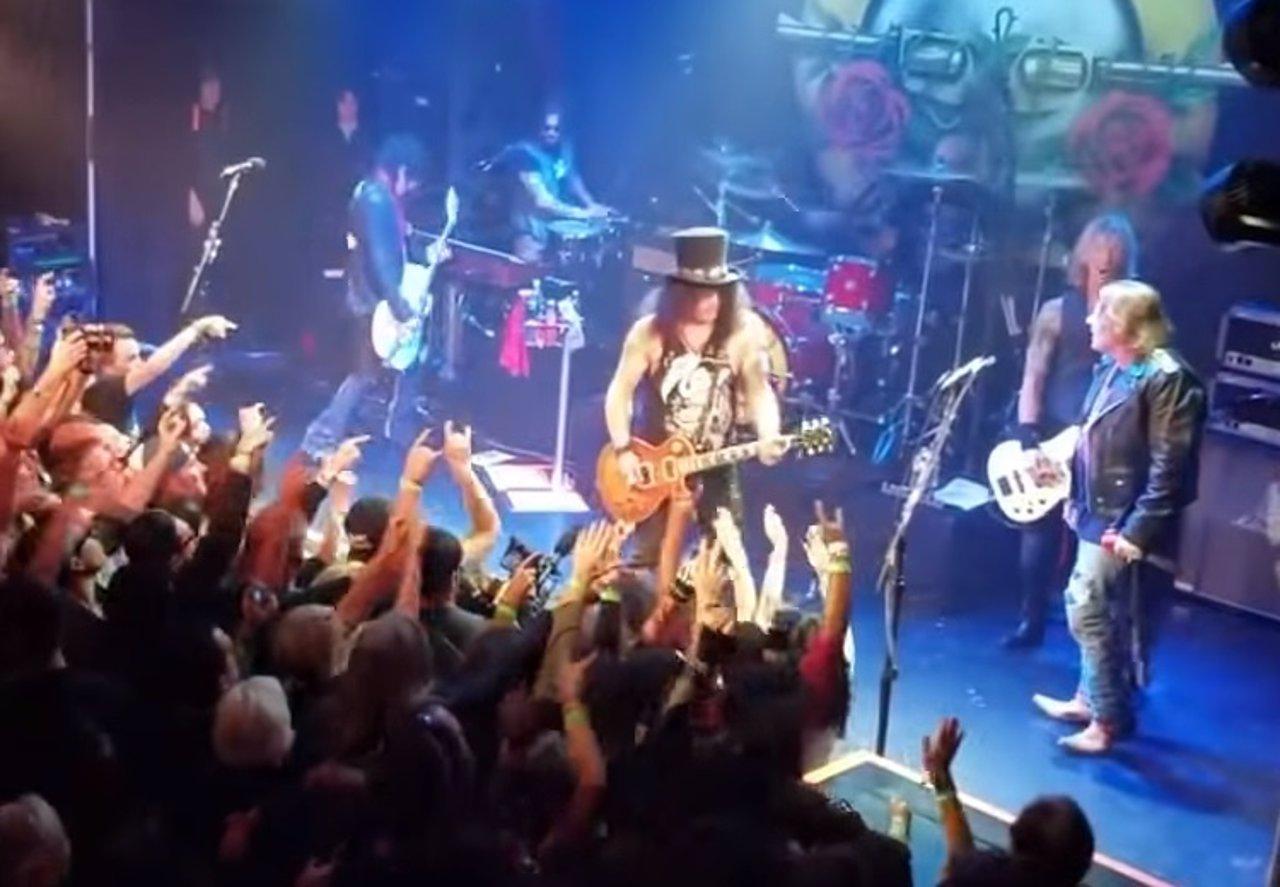 d0f6b113873 El caché de Guns n  Roses aumenta un 450% con la vuelta de Slash y Duff  junto a Axl