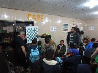 Lecciones de ajedrez a los niños