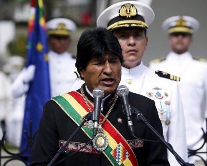 """Morales critica las """"conspiraciones congresales"""" contra Rousseff, Lula y Fernández de Kirchner"""