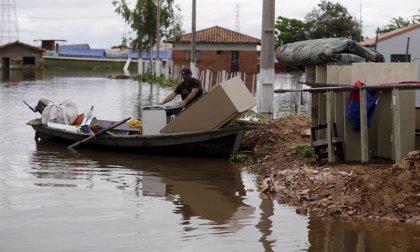 Las lluvias en el noreste de Argentina dejan 7.000 evacuados y 15.000 damnificados