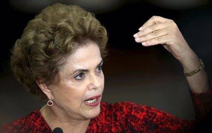 La comisión especial aprueba la apertura del juicio político contra Rousseff