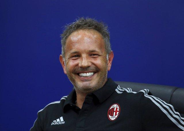 Sinisa Mihajlovic, entrenador del AC Milan