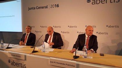 Abertis dice que España es un objetivo prioritario de inversión, pero no el único