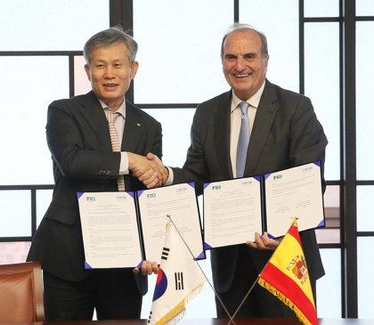 CEOE firma un acuerdo con la patronal coreana para promover el comercio bilateral y potenciar las inversiones