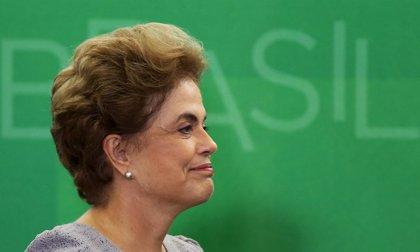 """Rousseff asume que si pierde el 'impeachment' será """"una carta fuera de la baraja"""""""